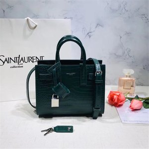 2546New women's handbag 7A high-end custom boutique bag fashion trend delicate style business casual low-key delicate style design clever