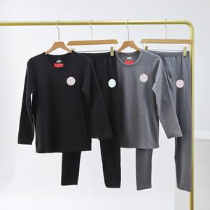 2020 Mens Designer Novo Clássico Designer Pijama Malha Confortável Viagem Umidade Wicking Three-Dimensional Vers Top Série Limitada Terno Quente