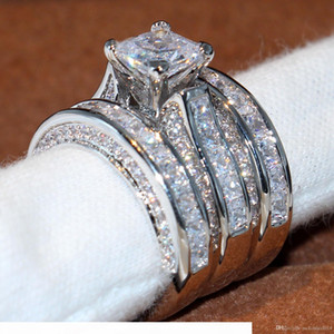 2017 Victoria Top Selling Classic Jewelry 14KT White Gold Filled Princess Cut Topaz CZ Diamond Party Women Wedding 3 IN 1 Band Ring Set Gift