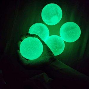 Bolas de pared pegajosas Plafón luminoso fluorescente Techo Recepción y lanzamiento de la descompresión interior Padre-niño Pegajo Bola de objetivo