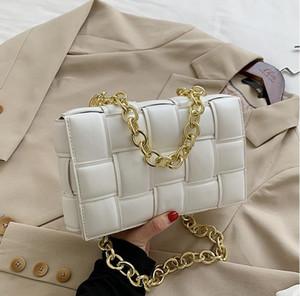 2021 ladies luxury handbag winter new ladies wide shoulder strap camera bag shoulder small square bag hit color mini envelope shoulder bag