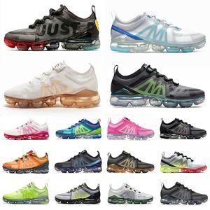 New HotSale Sports Shoes para hombres Mujeres Top Calidad CPFM Negro Soft Rosa CNY Crimson Gold Mens Trainers Deportes Zapatillas deportivas
