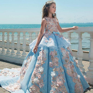 2021 New Sky Blue Ball Gown Girls Pageant Dresses Jewel Lace Appliques Flowers Peplum Kids Formal Prom Toddler First Communion Gowns