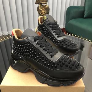 Erkek Bayan Kırmızı Alt Çivili Spike Rahat Ayakkabılar Sneakers Moda Deri Siyah Kırmızı Çivili Baba Ayakkabı Elbise Rhinestone Perçinler Sneaker