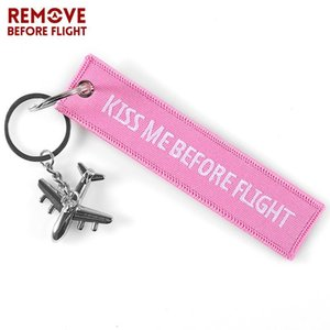 Pink Kiss Me Before Flight Key Chain Label Embroidery Keychain with Metal Plane Key Chain for Aviation Gifts Car Keychains