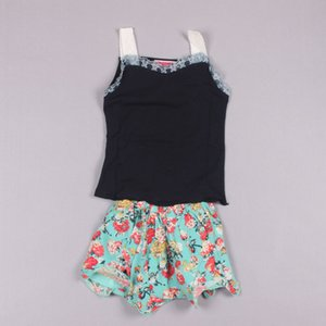 Clearance sale Fashion Children Clothing Girl Set Summer Girl Wear Lace Tank Tops + Skirt Pants Kid's Sets Z105