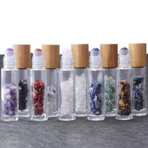 10ml essenciais Garrafas rolete de óleo de vidro Roll On garrafas de perfume com Esmagado Natural de cristal de quartzo Pedra Crystal Roller Ball Bamboo DWD3051