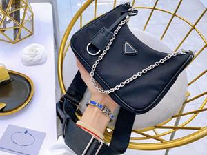 5A + Nuevas bolsas de hombro Bolsos Bolsos de Crossbody de alta calidad Decoración en forma de corazón Tarpaulin Nylon Bag Bolsa de compras al por mayor