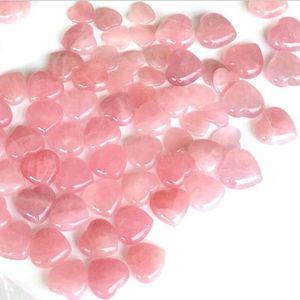 Natural Rose Cuarzo en forma de corazón Rosa Cristal Tallado Palma Amor de Palma Curación de piedras preciosas Amante GIFE GIFE CRISTAL HEART GEMS OWF3424