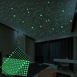 3D Bubble Luminous Stars Dots 202 pcs set Wall Sticker kids room bedroom home decoration decal Glow in the dark DIY Stickers