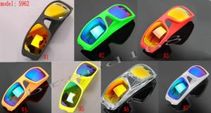 100% Nouveau Été Soleil Populaire Sunglass Sunglasses de combustible pour hommes Sports de plein air Verres Googel 10 couleurs Livraison gratuite.