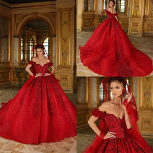 Luxury Red Ball Gown Wedding Dresses Off-shoulder Sleeveless Applique Lace Beaded Sequins Bridal Dress Sweep Train Ruched Robes De Mariée