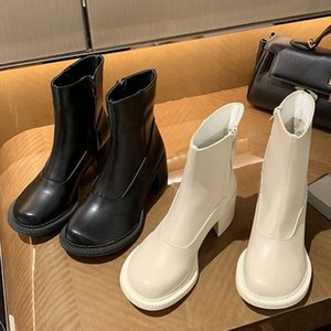 En las mujeres 2020 Beige Bloque de siete pulgadas de tacones High Tobillo Toe Casual Toe Redondo Pie Boots Designer Western Platform Zapatos de vaquera MVP7