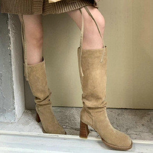 Sianie Tianie Genuine Nubuck Suede Leather Mujeres diseñadores Plised Knee-High Boots Block High Heels Mujer