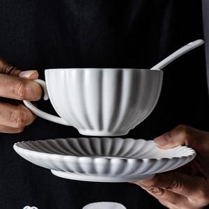 Wourmth Nordic Matte Coffee Coffee Cuce Saucer Soucoupe Set Fleur Ménage Teascup Simple Céramique Milk Cup conteneur Européenne Boissons Y1125