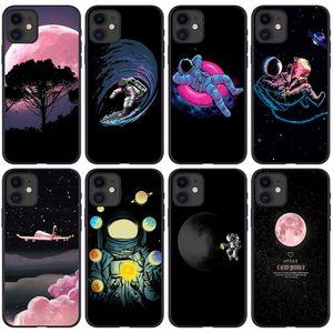 Astronot Spaceman I-Phone 12 Pro Max Case iPhone 12 11 13 Mini Pro Max Kapak Marka Kabuk Hücre Aksesuarları Moblie Telefon Kılıfları