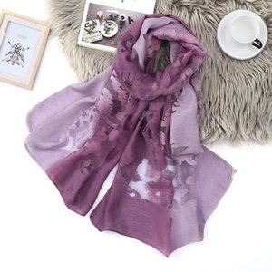 2020 autumn new soft warm ladies and girls wrapped thin long scarf ladies solid color plaid cashmere scarf White