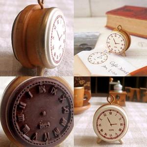 1pcs DIY STEAL Timbre Vintage Tampons en bois en bois Sceau Classique Réveil Classic pour Diary Scrapbook Outils Toys K JJLKKL