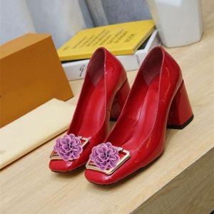 2021 En Kaliteli Kadın Ayakkabı Kırmızı Dipleri Yüksek Topuklu Seksi Sivri Burun Taban Pompalar Logo Toz Torbaları Ile Gel