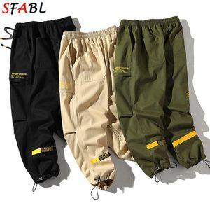 SFABL Cintura elástica Pantalones de carga Hombres Joggers Pantalones Streetwear Hombre Black Hip Hop 2020 Moda Pantalones Masculinos Calidad Algodón