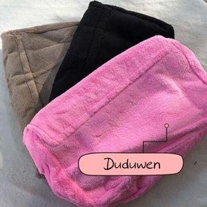 Moda C Bolsa de hombro de franela acolchada Opción de color Color Body Cross Bag Fur Maquillaje Classic Bolsa de almacenamiento DUDUFORVIP
