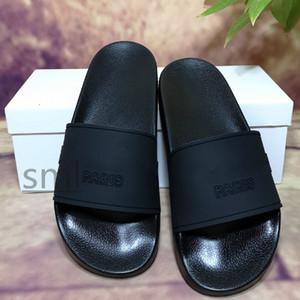 2020 Sliders Paris Mens Womens Sandali Summer Sandali Beach Pantofole da donna Flip Flops Mocassini Blu Bianco Rosso Green Slifts Chaussures Scarpe con scatola