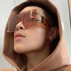 Square rivet Sunglasses Women Men Futuristic Big Goggle Luxury Party punk Sun Glasses Fashion Trendy Festival Eyewear FML