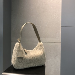 Vente en gros de laine de laine Hobo sac poilue joueurs classiques accessoires de luxe tissu PR Mini sac à bandoulière de la plus haute qualité