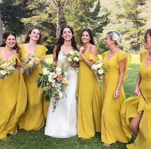 2021 Long Bridesmaid Dresses V Neck Bohemian Country side Bridesmaids Couture Sweep Train Plus Size Chiffon Party Gowns