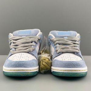 2021 Sean Cliver X 덩크 로우 프로 Qs YY 휴일 특별 신발 흰색 파란 골드 남성 신발 트레이너 발렌타인 데이 실행 신발