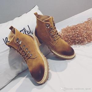 2021 Inverno mais novo Homens Mulheres Martin Botas de Couro Sapatos Quentes Mens Botas de Ankle Homens Sneakers Men Tênis De Moda