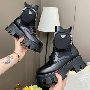 Prada boots 2021 جديد Rois Leather and Monolith Re-Nylon Boot الكاحل مارتن الأحذية العسكرية مستوحاة من القتالية الأحذية النايلون الحقيبة المرفقة على الكاحل