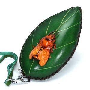 Hecho a mano de verduras cuero curtido Moneda Cartera del mitón de insectos y hojas en forma de bolso bolsas de dibujos animados cero artesanías Q1116