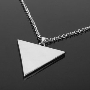 Fashion Hip-Hop Punk Necklace Personality Tide Brand Haatet Inverted Triangle Metal Pendant Pendant Car Ornaments Ring