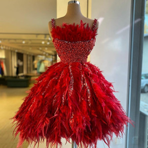 2021 Red Fashion Cocktail Dresses with Feathers Beading Sequined Spaghetti Straps Short Prom Gowns Luxurious Homecoming Dress