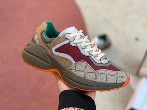 2021 Mens Mulheres Ao Ar Livre Sapatos Sapatos Rhyton Vintage Treinadores Tênis Retro Do Velho Designer Luxo Andando Couro Casual Sapato