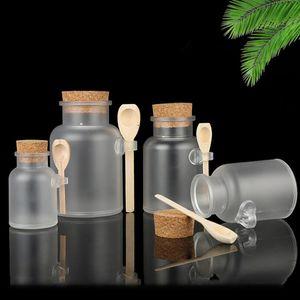 Buzlu Plastik Kozmetik Şişeler Cork Kap ve Kaşık Ile Kapaklar Tuz Maskesi Toz Krem Ambalaj Şişeleri Makyaj Depolama Kavanozları