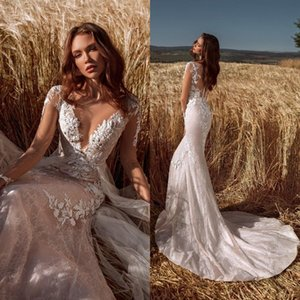 Sexy Deep V Neck Mermaid Wedding Dresses 2021 Illusion Long Sleeves Floral Lace Appliqued Bridal Gowns Sweep Train robes de mariée AL7817