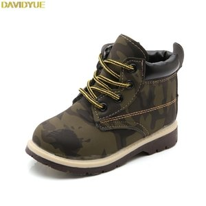 Davidyue Nouveaux enfants Bottes Chaussures pour garçons Filles Enfants Martin Armée Bottes Sneaker Girls Bottes Bottes Baby Hiver Plat Sneaker Y200104