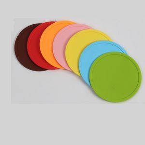 Multicolour Runde Untersetzer 10 cm Silikon-Getränk-Tasse Rutschpolster Hitzedichte Nichtrutsch-Tischdekor Gadgets Placemat Heißer Verkauf 2SK G2