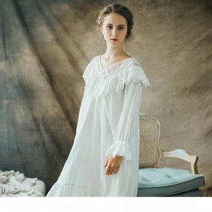 2018 Women Long Victorian Style White Cotton Lace Nightdress Smocks With Plus Size Long Sleeve Vintage Design Nightgown