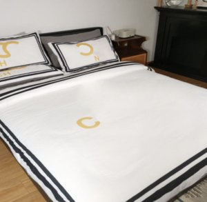 30Styles High Quality Reactive Printing Cotton 4 Pcs Bedding Set Designer C-Letters Include Duvet Cover Bed Sheet Pillowcase Bed Linen Sheet