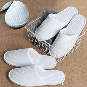 Disposable Slippers Coral Fleece Anti-slip Home Guest Shoes Thicken Travel Hotel White Supply Soft Delicate Disposable Slippers DWC4051