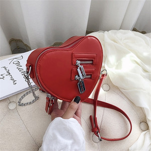 Fashion Red Love Heart Shape Women Shoulder Bags Designer Chain Crossbody Bag Luxury Pu Ladies Small Purses Funny Cute Sac 2020