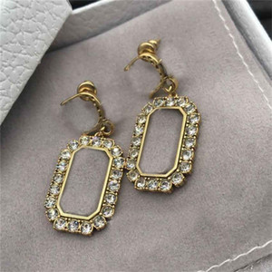 Classic Rhinestone Earrings Designer Crystal Studs Ladies Letters Charm Earrings Women Earring Studs Gift Shiny Drill Charm