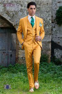 Hot Selling Groomsmen Peak Lapel Groom Tuxedos yellow Men Suits Wedding Prom Dinner Best Man Blazer ( Jacket+Pants+Tie+Vest ) K886