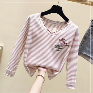 2019 New Striped T Shirts Women Long Sleeve V Neck Female T Shirt Casual Tops Big Size Women Clothes