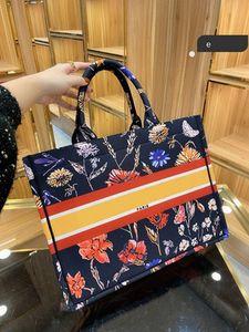 20aw mode nouveau sac à main concepteur de haute qualité broderie imprimé multicolore une épaule grande capacité sac de godet chaud