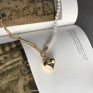 Asymmetric Chain Beaded Shell Pearl Necklace Love Heart Charm Choker Necklaces for Women Linked Minimalist Necklace