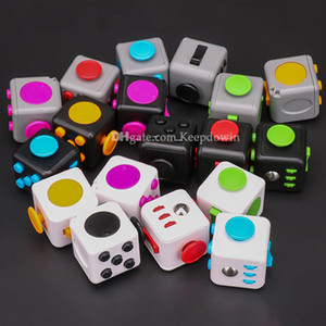 Fidget Cubes Fidget Toy Pack per bambini Adulti Adulti Stress Sensory Toy Toy per Autism Special Needs Ansia Stress Stress Reliever